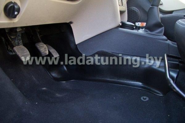 Накладки на ковролин центральные для Renault Logan 2