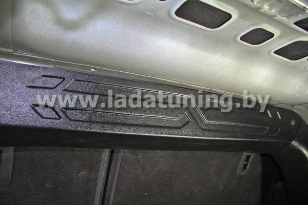 Накладка на перегородку багажника для LADA Vesta Sedan