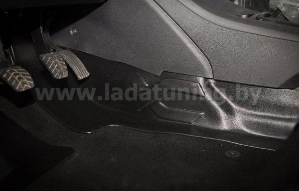 Накладка на ковролин тоннельная (1шт.) LADA Vesta Sedan (Лада Веста Cедан) с 2016 г.в.