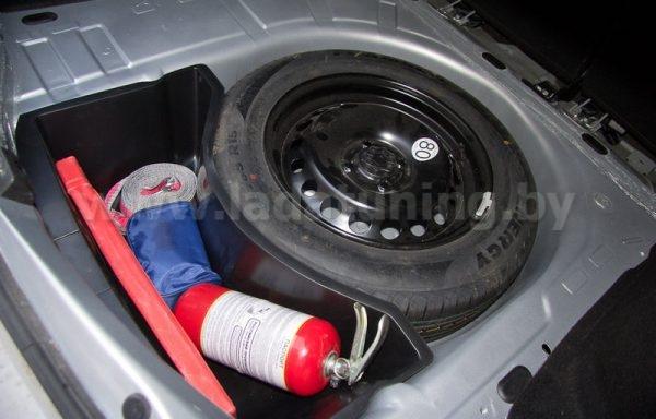 Органайзер Нижний в обхват запасного колеса для Renault Logan 2 (Рено Логан) c 2014 г.в.