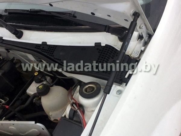Амортизаторы (упоры) капота для Lada Largus и Renault Logan